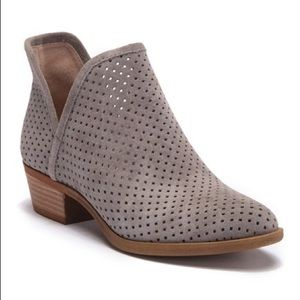 Lucky Brand Brooklin Perforated Suede Boots Sz 9.5